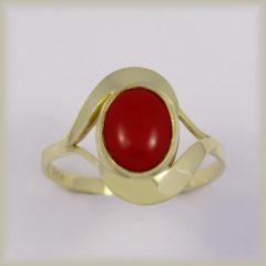 Prsten s červeným korálem  225 087