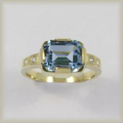 Prsten kamenový 226 929