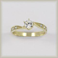 Prsten kamenový 226 942