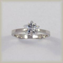 Prsten kamenový 226 949